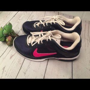 Nike Athletic shoes size 7 1/2